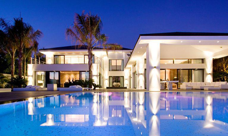 Luxury holiday homes